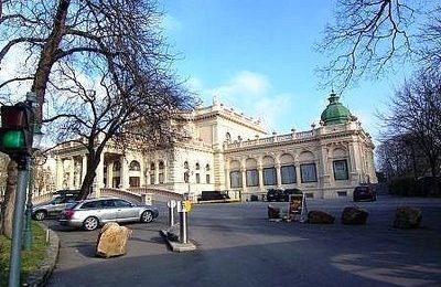 [新聞] 移民阿爾巴尼亞,如何享受歐洲教育