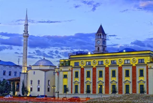 [新聞] 限時免簽!歐洲最後一塊「小眾旅遊地」,風景美人又少,物價超低!