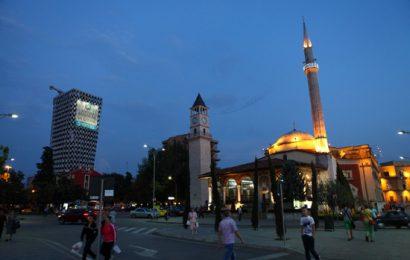 [新聞] 阿爾巴尼亞人有趣的習俗:點頭不算搖頭算